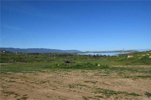 15718 Williams Circle, Lake Mathews, CA - USA (photo 2)