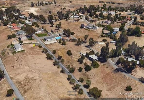 Stevens, Lake Elsinore, CA - USA (photo 1)