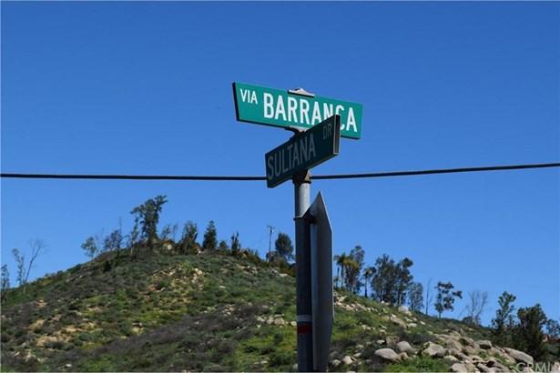 Via Barranca Off Sultana, Lake Mathews, CA - USA (photo 5)