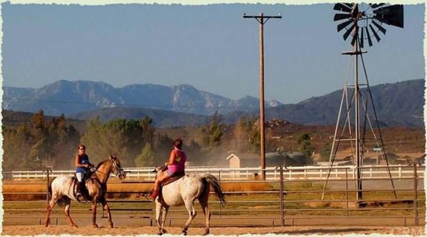 Rolling Hills Dr., Aguanga, CA - USA (photo 4)