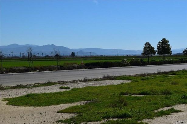 Warren, San Jacinto, CA - USA (photo 2)