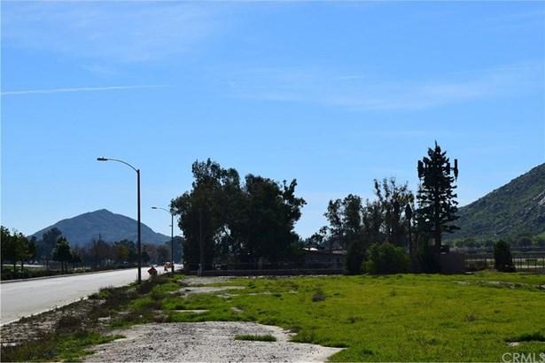 Warren, San Jacinto, CA - USA (photo 4)