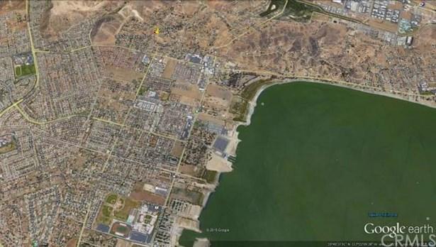 Stevens, Lake Elsinore, CA - USA (photo 4)