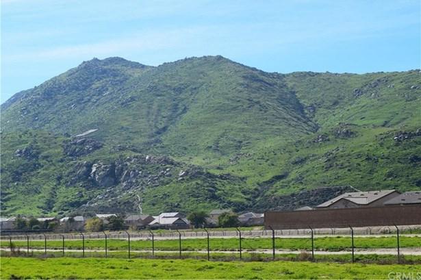 Warren, San Jacinto, CA - USA (photo 1)
