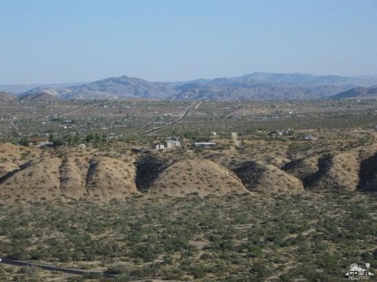 Lots and Land - Joshua Tree, CA (photo 2)