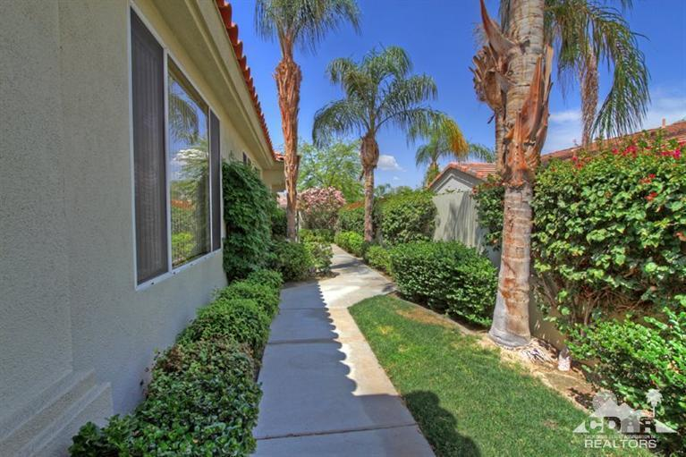 413 Desert Holly Drive, Palm Desert, CA - USA (photo 5)