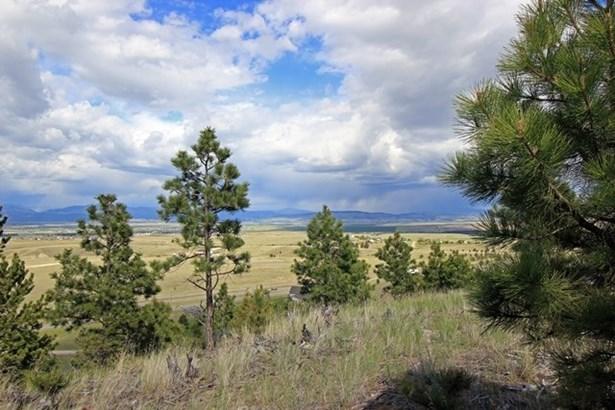 - Meadowgrass, Montana City, MT - USA (photo 3)