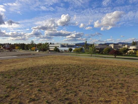 634 N Calgary Ct, Post Falls, ID - USA (photo 3)