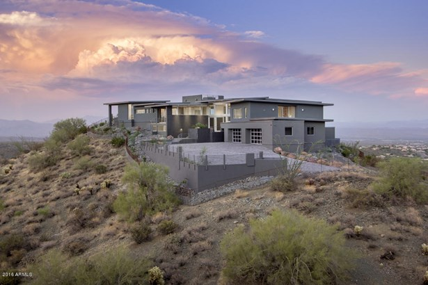 Single Family - Detached, Contemporary - Fountain Hills, AZ (photo 3)