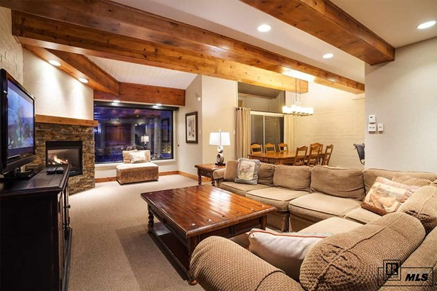 2200 Village Inn Ct., Steamboat Springs, CO - USA (photo 1)