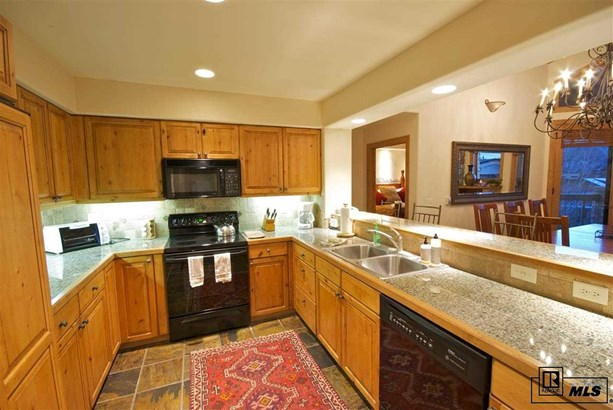 2340 C Apres Ski Way 341, Steamboat Springs, CO - USA (photo 5)