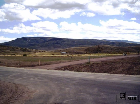 103 Oak Ridge Circle, Oak Creek, CO - USA (photo 2)