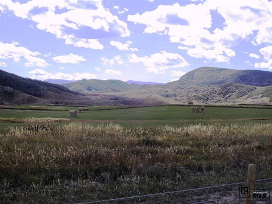140 Oak Ridge Circle, Oak Creek, CO - USA (photo 4)