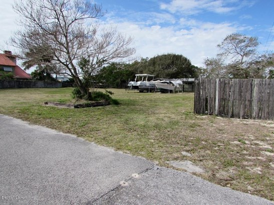 Residential - Cocoa Beach, FL (photo 4)