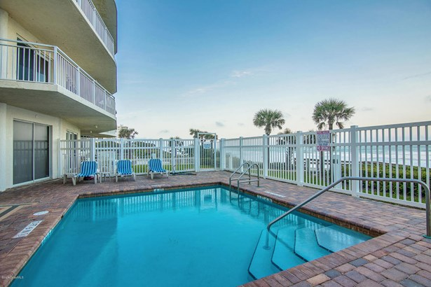 3+ Stories, Condo - Indialantic, FL (photo 4)