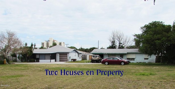 Single Family Detached, Multi Homes on Prop - Cocoa Beach, FL (photo 1)