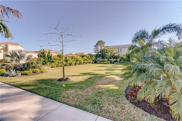 105 Forest Hills Drive, Redington Shores, FL - USA (photo 1)