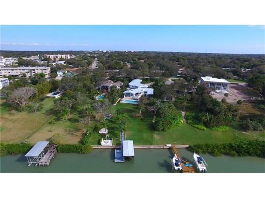 106 Harbor View Lane, Belleair Bluffs, FL - USA (photo 1)