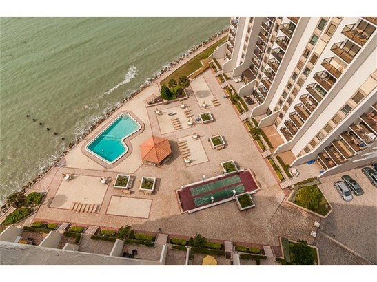 450 South Gulfview Boulevard 1802, Clearwater Beach, FL - USA (photo 2)