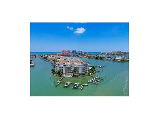 205 Brightwater Drive 401, Clearwater Beach, FL - USA (photo 1)