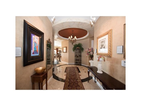 205 Brightwater Drive 401, Clearwater Beach, FL - USA (photo 5)