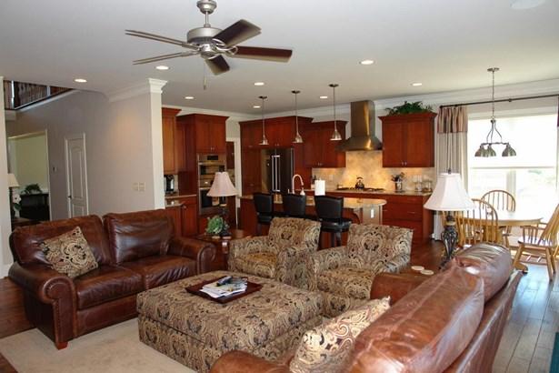 Residential, 2 Story - Roanoke, VA (photo 5)