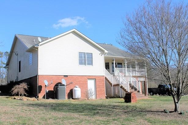 Residential, Ranch - Kenbridge, VA (photo 3)