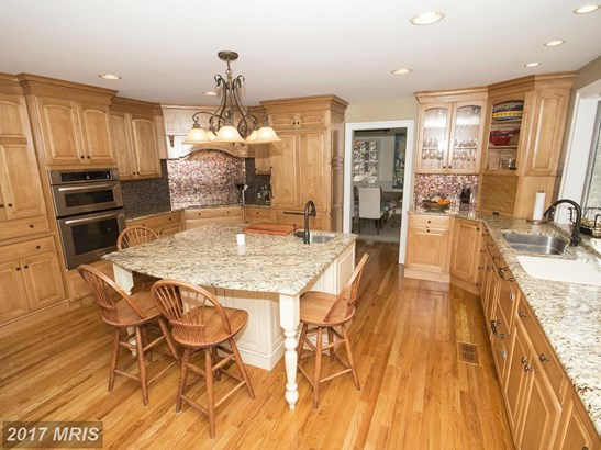 Dutch Colonial, Detached - SPARKS, MD (photo 5)