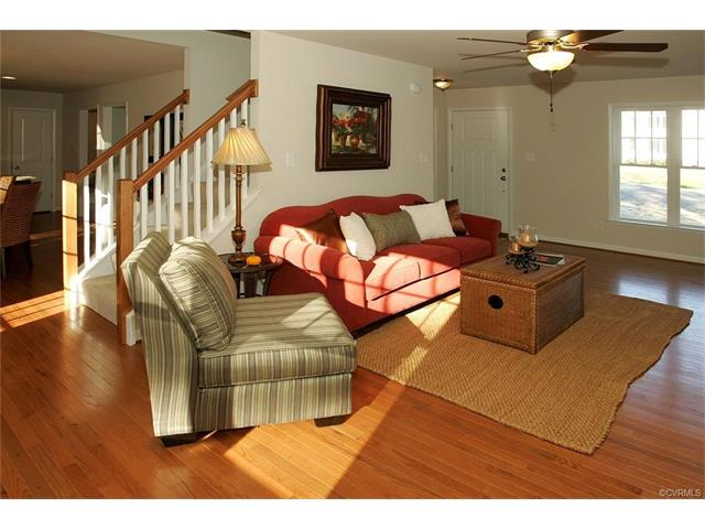 Craftsman, Single Family - Chesterfield, VA (photo 5)