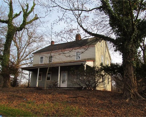 Farm House, Detached - GILBERTSVILLE, PA (photo 3)