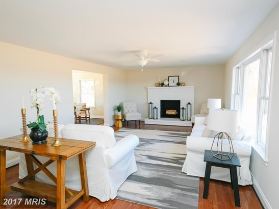 Cape Cod, Detached - WESTMINSTER, MD (photo 2)