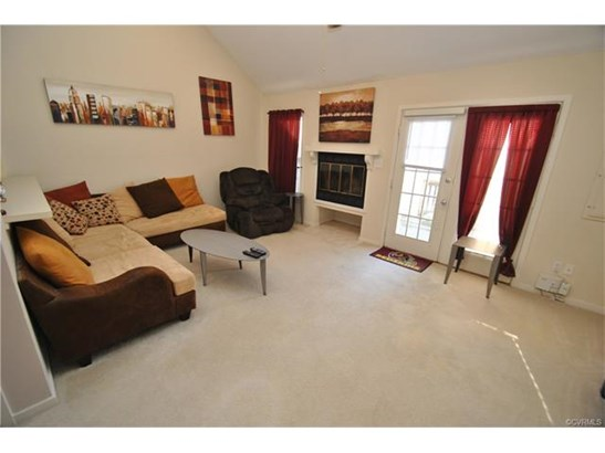Condo/Townhouse, 2-Story, Rowhouse/Townhouse - North Chesterfield, VA (photo 4)