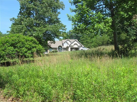 Residential, Contemporary - Pembroke, VA (photo 3)