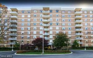 Hi-Rise 9+ Floors, Traditional - PIKESVILLE, MD (photo 1)