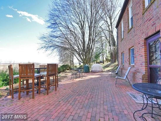Colonial, Detached - STEWARTSTOWN, PA (photo 2)