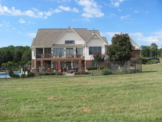 Residential, Ranch - Fincastle, VA (photo 4)