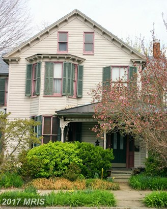 Victorian, Detached - CHARLES TOWN, WV (photo 1)