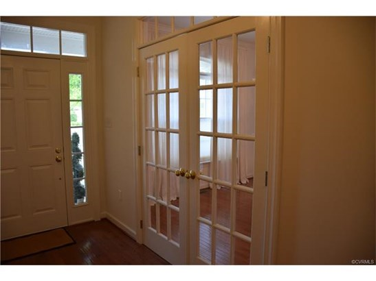 Transitional, Single Family - Richmond, VA (photo 3)