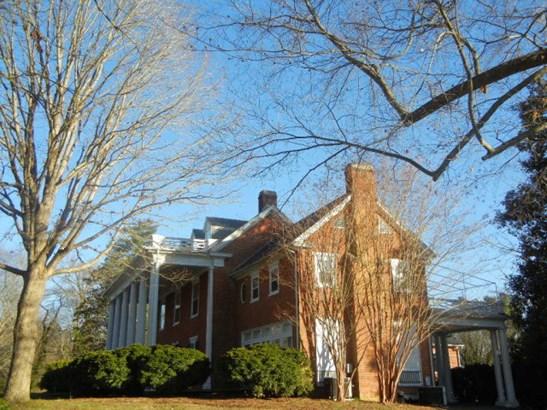 2.5 Story, Colonial, Single Family - Halifax, VA (photo 5)