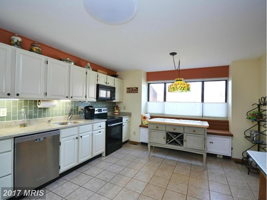 Townhouse, Traditional - TOWSON, MD (photo 5)