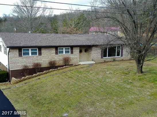 Rancher, Detached - FORT ASHBY, WV (photo 1)