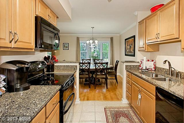 Townhouse, Colonial - RESTON, VA (photo 4)