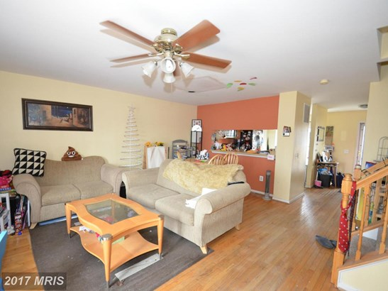 Colonial, Attach/Row Hse - GERMANTOWN, MD (photo 3)