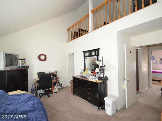 Colonial, Attach/Row Hse - GERMANTOWN, MD (photo 5)
