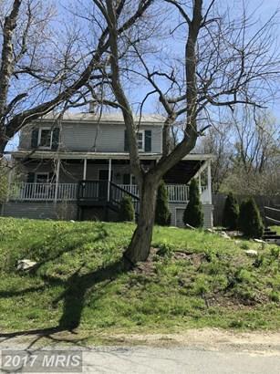 Colonial, Detached - BERKELEY SPRINGS, WV (photo 1)