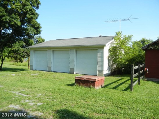Farm House, Detached - SHENANDOAH JUNCTION, WV (photo 3)