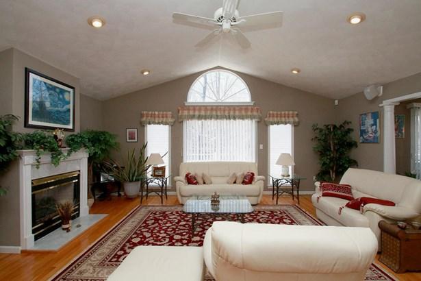 Residential, Contemporary - Moneta, VA (photo 3)