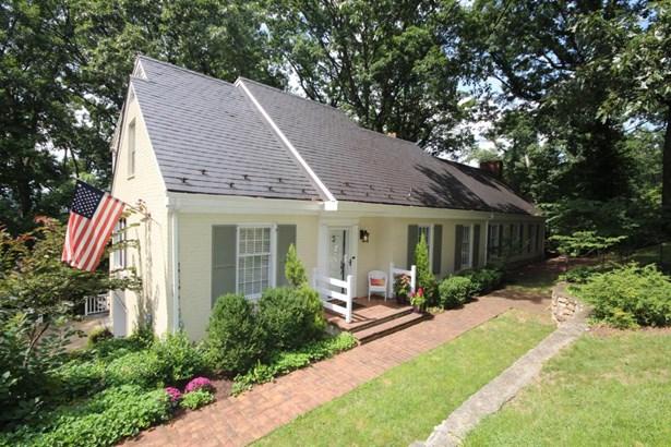 Cape Cod, Residential - Roanoke, VA (photo 1)
