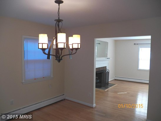Split Foyer, Detached - FALLS CHURCH, VA (photo 5)
