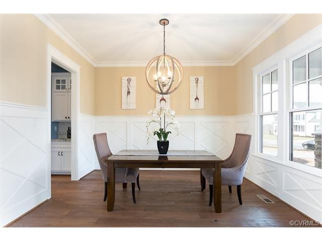 2-Story, Transitional, Single Family - Richmond, VA (photo 3)